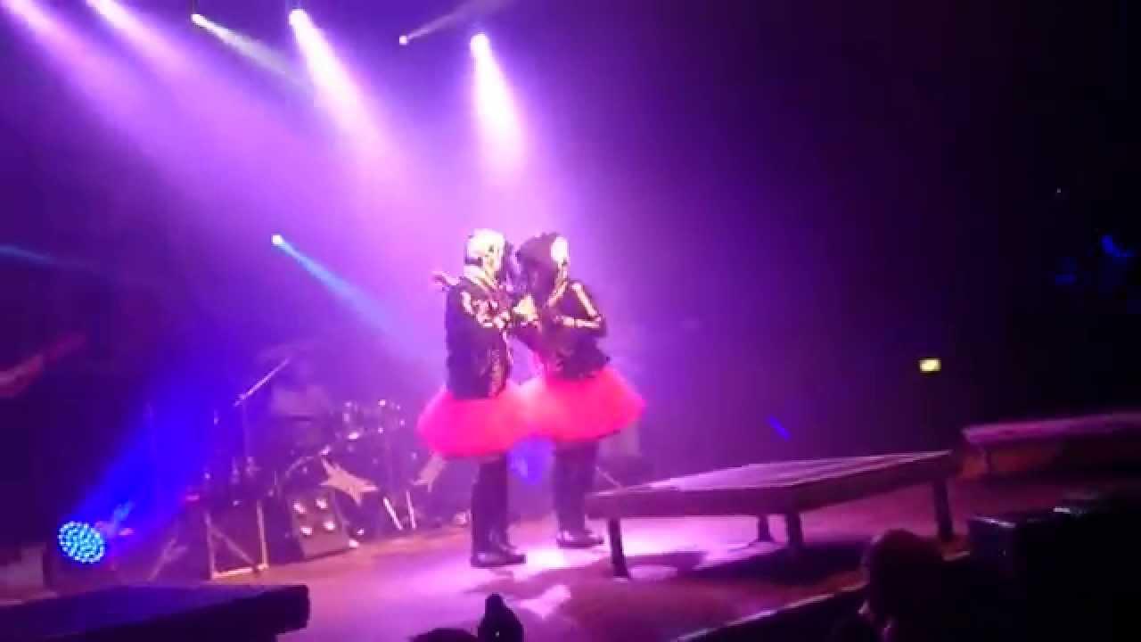 BABYMETAL - ONEDARI DAISAKUSEN - BERLIN, HUXLEYS 27.08.2015 - YouTube