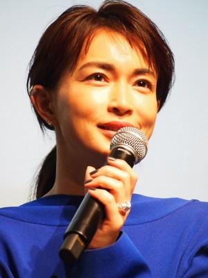 長谷川京子、大胆