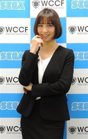 篠田麻里子、トレカゲームのキャラクターに「初めてなのでうれしい」