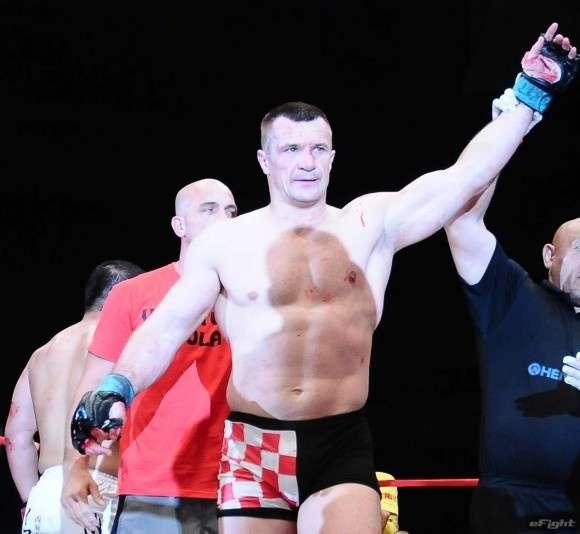 【UFC】ミルコ、2年間出場停止、ドーピング発覚は抜き打ち検査 - eFight 【イーファイト】 格闘技情報を毎日配信!