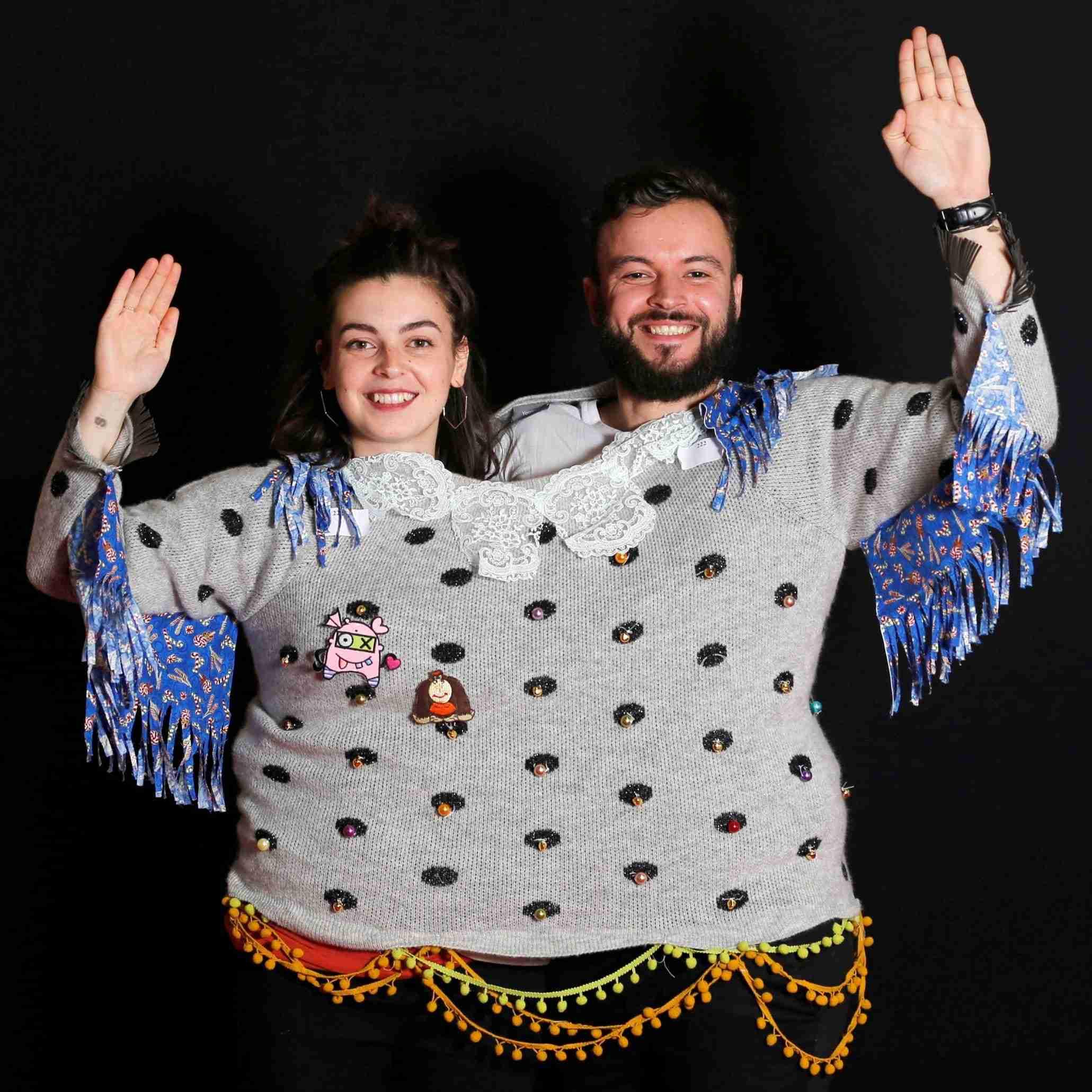 「ダサい」セーターの世界選手権、フランス南部で開催