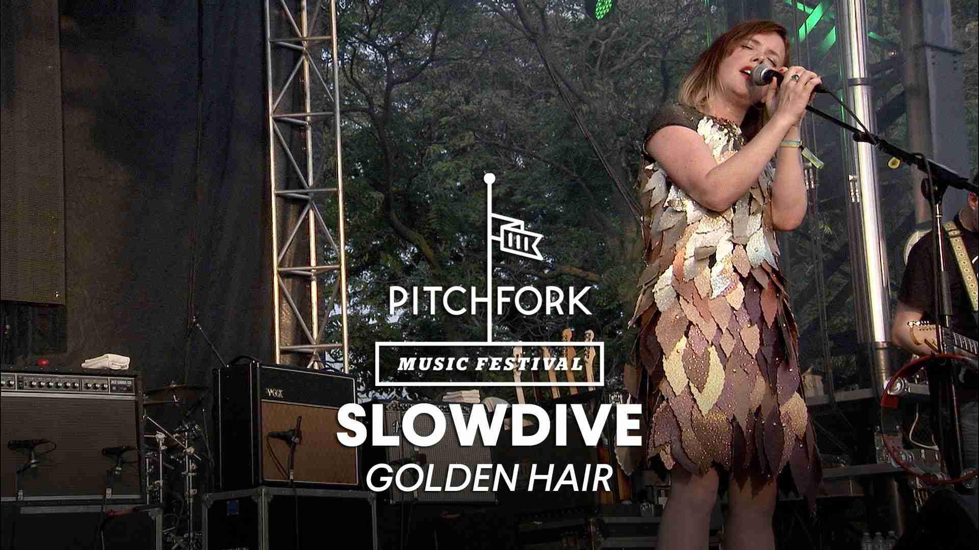 "Slowdive perform ""Golden Hair"" - Pitchfork Music Festival 2014 - YouTube"