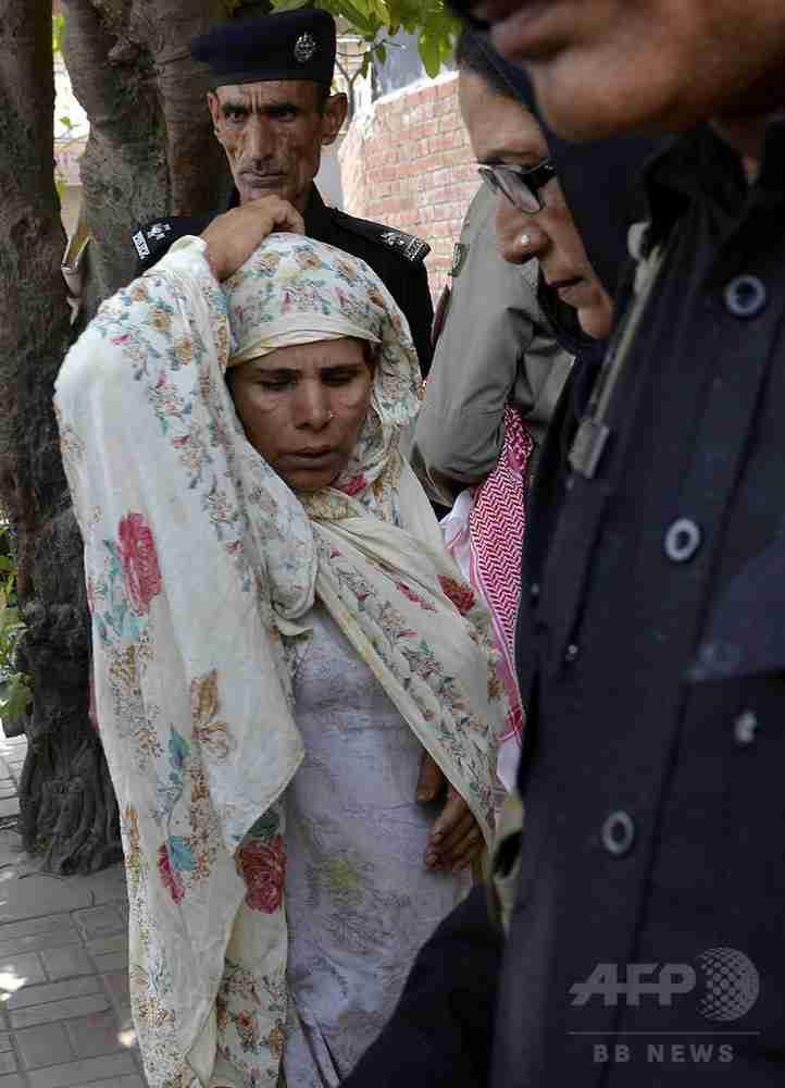 反対押しきり結婚した娘を「名誉殺人」、母親に死刑判決 パキスタン 写真3枚 国際ニュース:AFPBB News