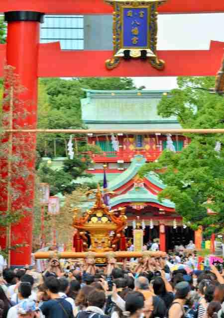 深川の八幡さま、神社本庁を離脱 注目集まる決断の背景:朝日新聞デジタル