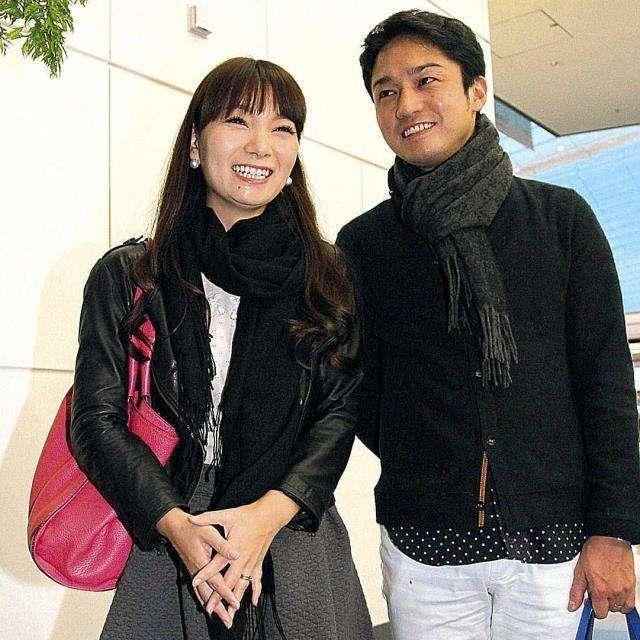 ベビーカーが入らず… 保田圭・小崎陽一夫妻がベンツに買い替え