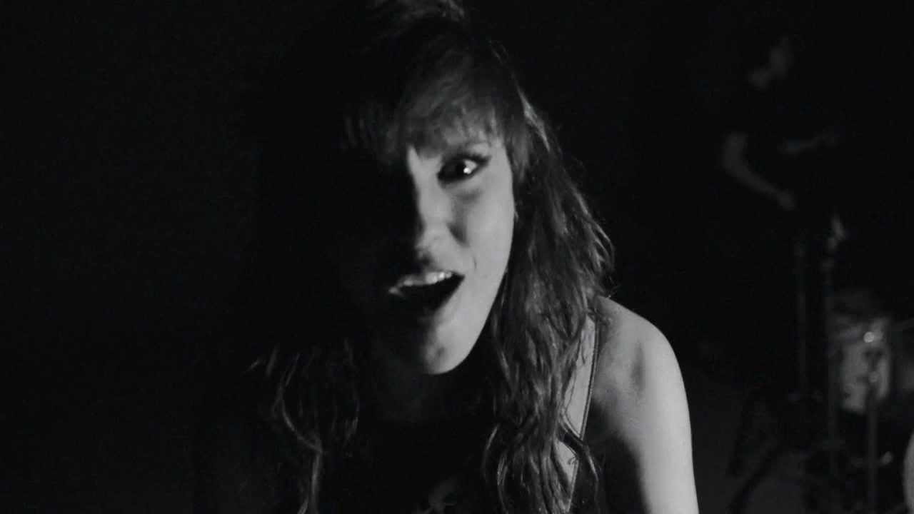 Halestorm - Love Bites (So Do I) [Official Video] - YouTube