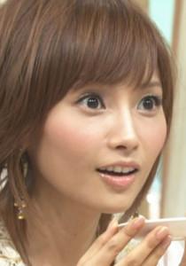 紗栄子、見事なくびれと割れた腹筋に絶賛の声「圧巻のスタイル」と反響