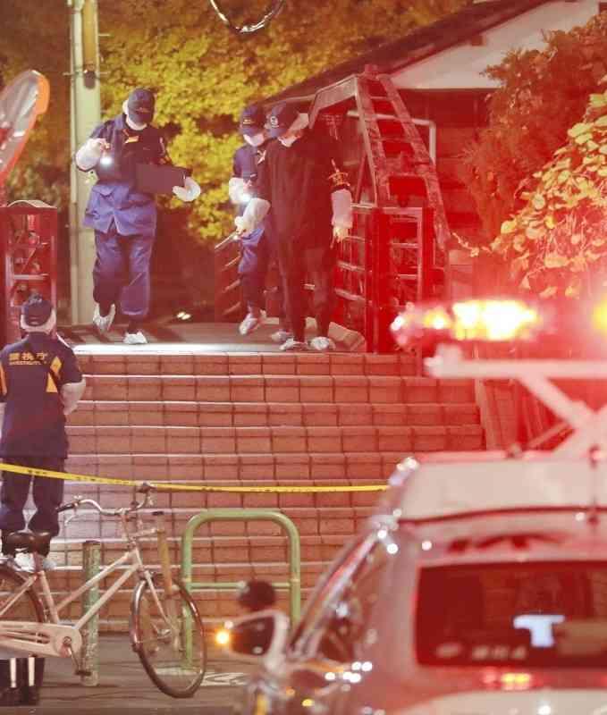 <富岡八幡宮>宮司ら3人死亡 弟と女が刃物で襲う (毎日新聞) - Yahoo!ニュース