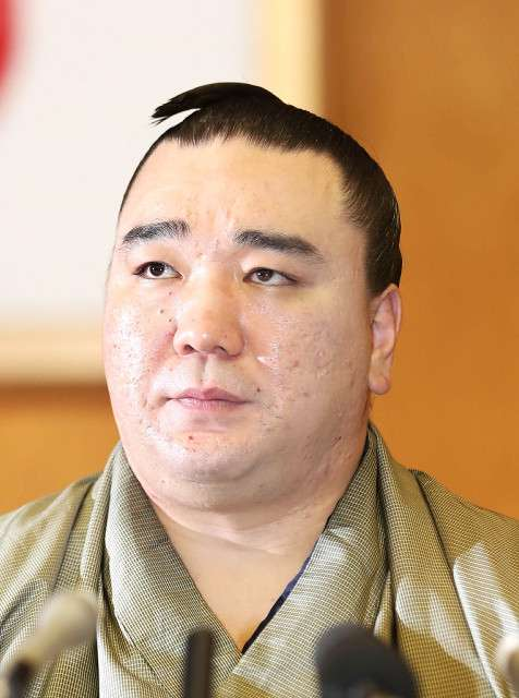 日馬富士の引退理由は子供のいじめではなかった…誤った発言を取材で話した後援会長が謝罪 : スポーツ報知