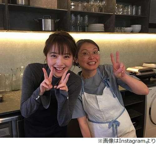 """佐々木希の""""ダブルピース""""が激カワ   Narinari.com"""