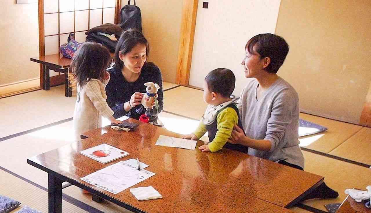 「若いママの輪に入れない」 アラフォーママ、悩み共有 (カナロコ by 神奈川新聞) - Yahoo!ニュース