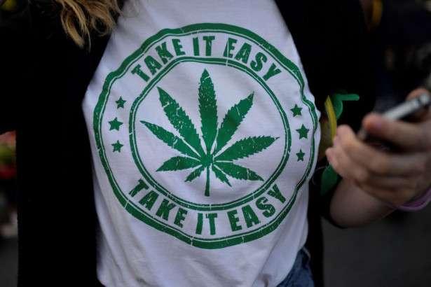 大麻合法化に賛成の米国人、過去最多の64%に | Forbes JAPAN(フォーブス ジャパン)