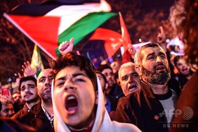 アメリカのエルサレム首都認定を世界各国が非難「和平努力に役立たない」 - ライブドアニュース