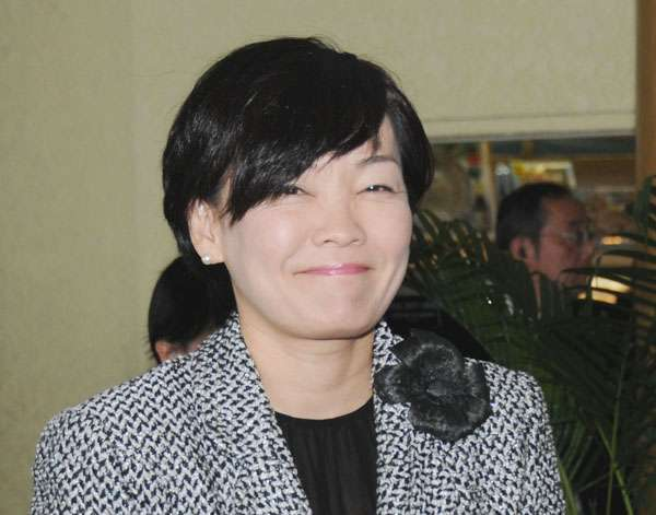 安倍晋三首相の妻・昭恵夫人のインスタ写真が大炎上 「半裸男」の正体は飲食店経営者 ニフティニュース