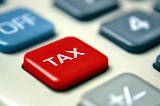 年収850万円超で合意=所得増税、幹部が会談―自公税調