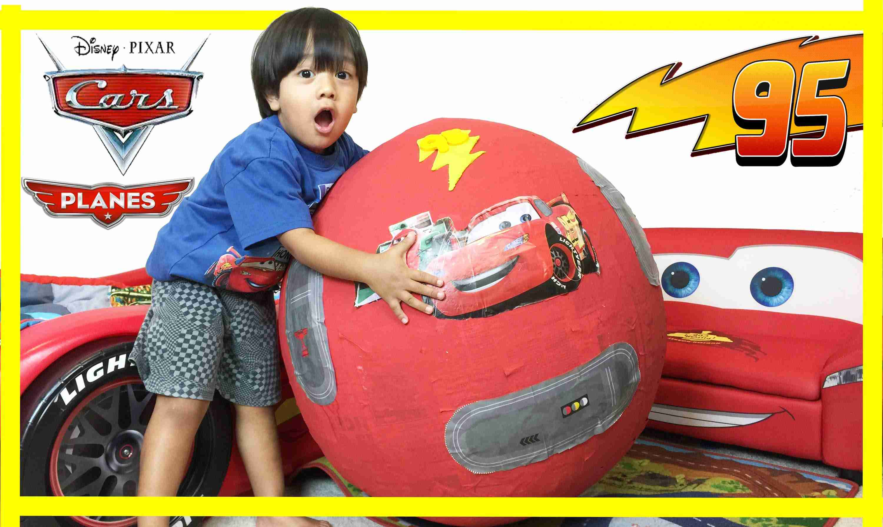 100+ cars toys GIANT EGG SURPRISE OPENING Disney Pixar Lightning McQueen - YouTube