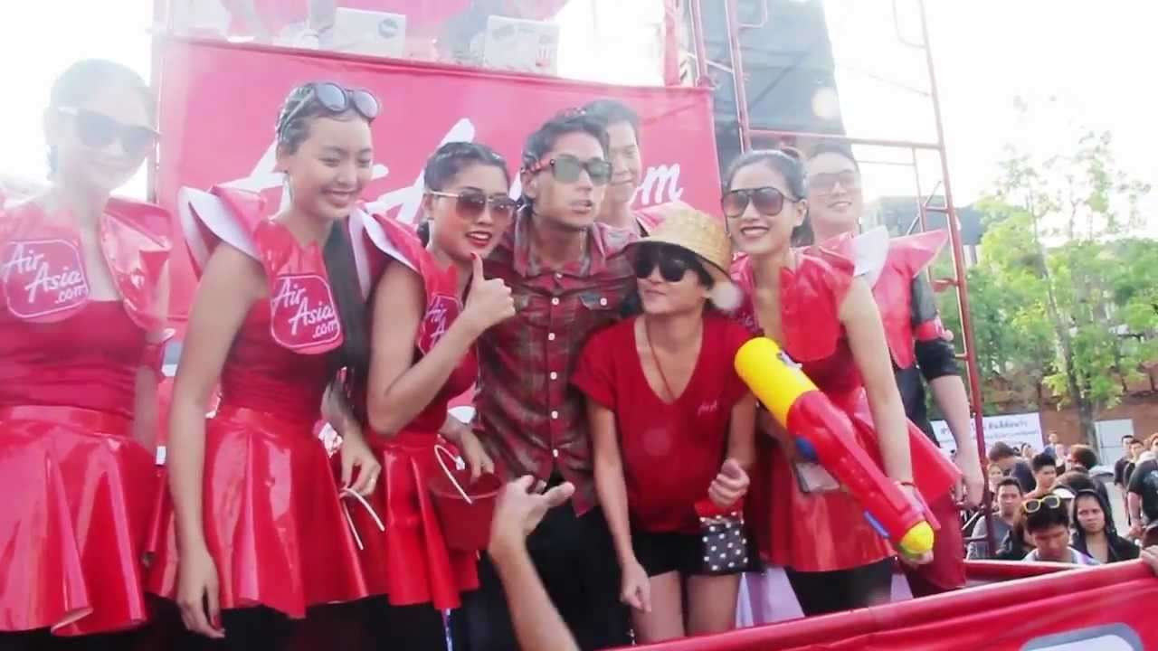 AirAsia Splash Terminal 2012 สงกรานต์เชียงใหม่ - YouTube
