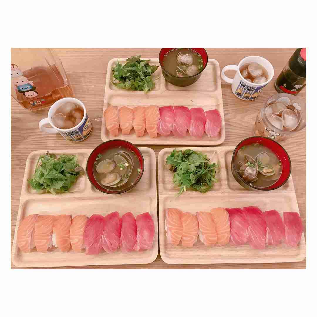 辻希美、自宅でお手製の握り寿司に挑戦するもなぜか批判されてしまう