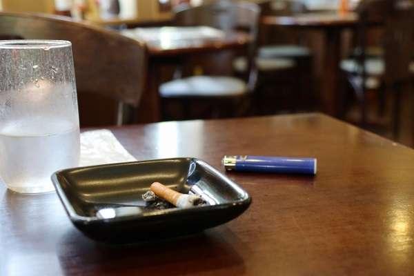 たばこ税増税に賛成する人が半数、ネットでは「増税自体に反対しないと将来砂糖税にも反対できなくなる」といった懸念も