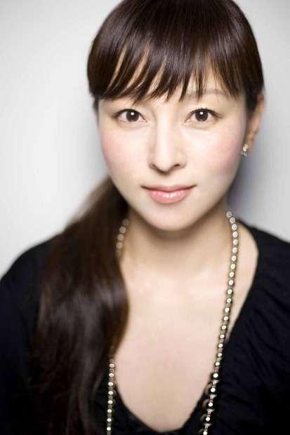 「あと1年楽しもう」安室奈美恵と歩んだ26年、ヘアメイクが明かす細眉の秘話〈dot.〉 (AERA dot.) - Yahoo!ニュース