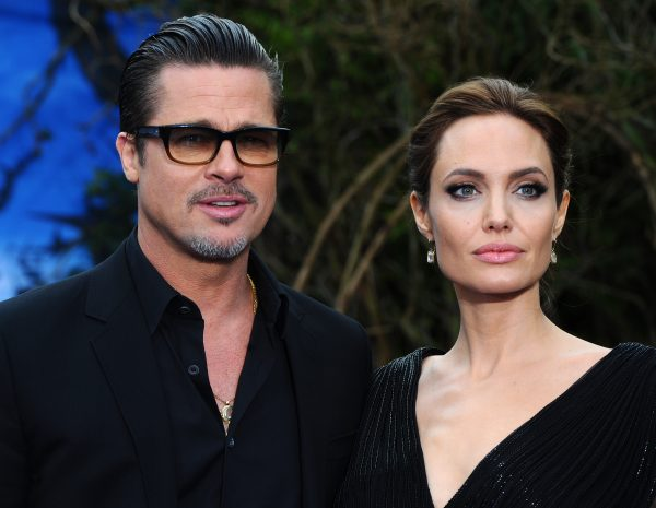 "Brad Pitt Offering Angelina Jolie ""Big Divorce Settlement"" Of 0 Million Is Made-Up Story"