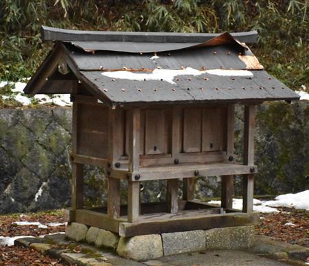 罰当たりな…神社で屋根の銅板窃盗相次ぐ 滋賀(産経新聞) 滋賀県内の神社や墓地で、ほこらの屋根な… dメニューニュース(NTTドコモ)