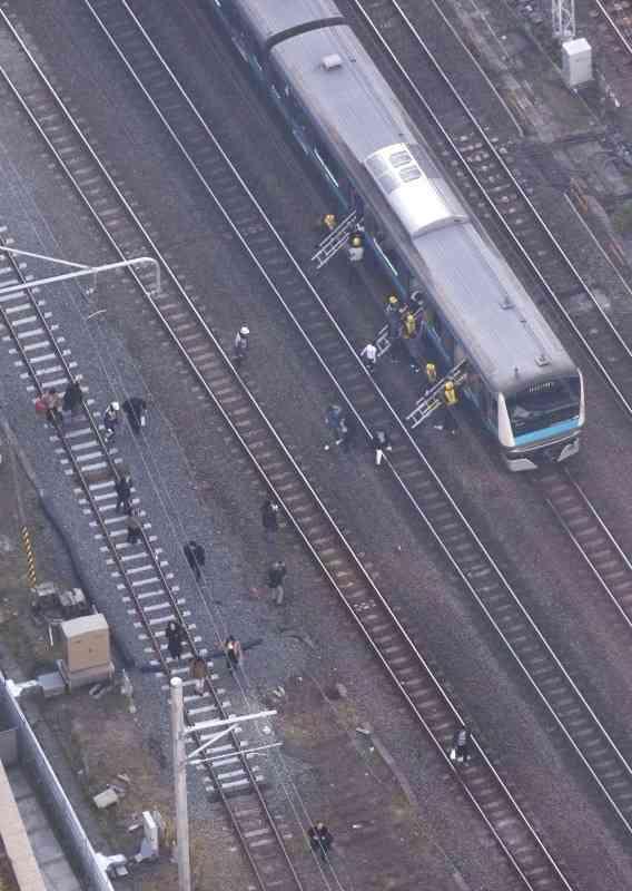 JR東日本 京浜東北、東海道、横須賀線ストップ 架線が切断 運転見合わせ続く