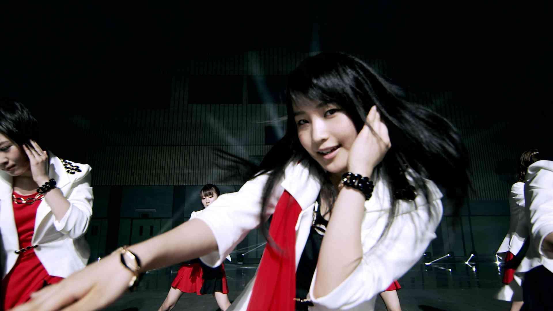 モーニング娘。'14 『TIKI BUN』(Promotion Ver.) - YouTube