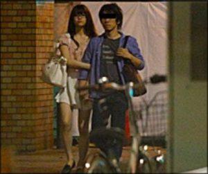 乃木坂46・松村沙友理、初写真集が発売 切なげ表情カットが表紙に