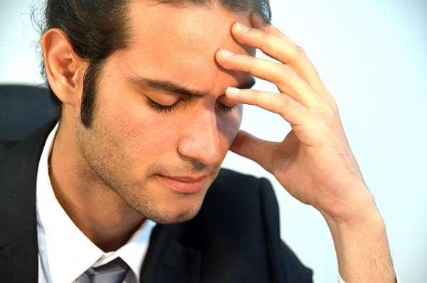社会人がコミュニケーションを取るのが苦手な相手1位は「上司」、主婦は「義父母」、リタイア層は「ご近所・近隣の地域の人」