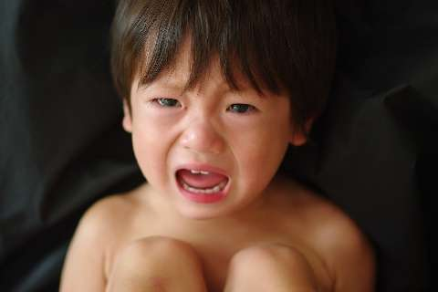 大声の叱責で5歳児がPTSDに 「しつけだから当たり前」という大人の「常識」が覆る最新の脳科学 - 弁護士ドットコム