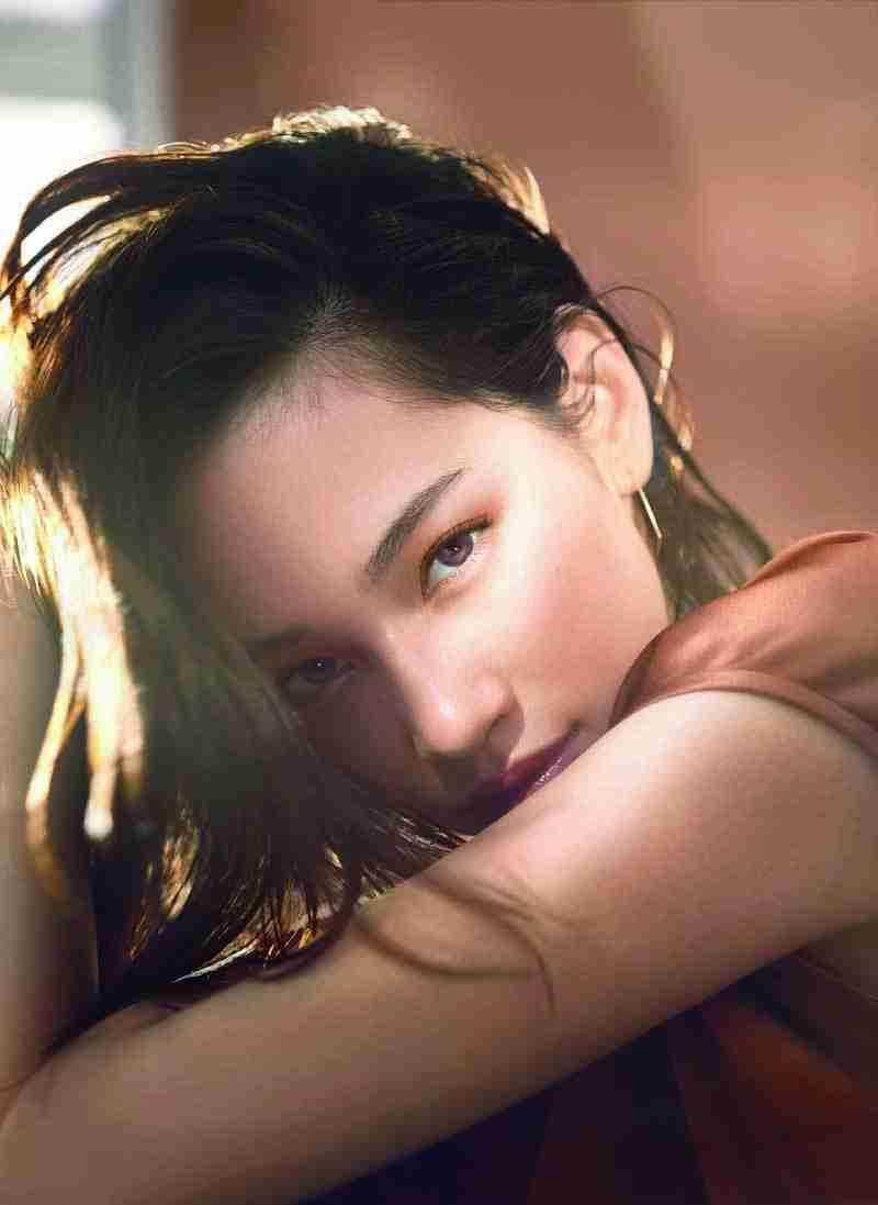 資生堂の「マキアージュ」は、瞳の色を解析するスマホ向け「I(EYE)SHADOW」をオープン | Fashion-J