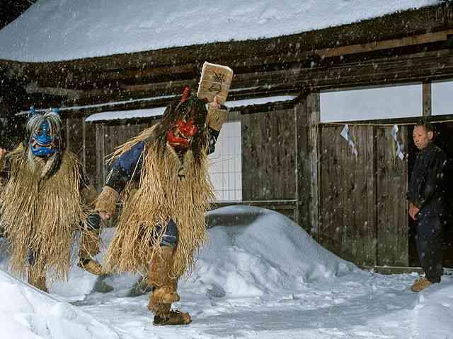 各地域の冬の服装
