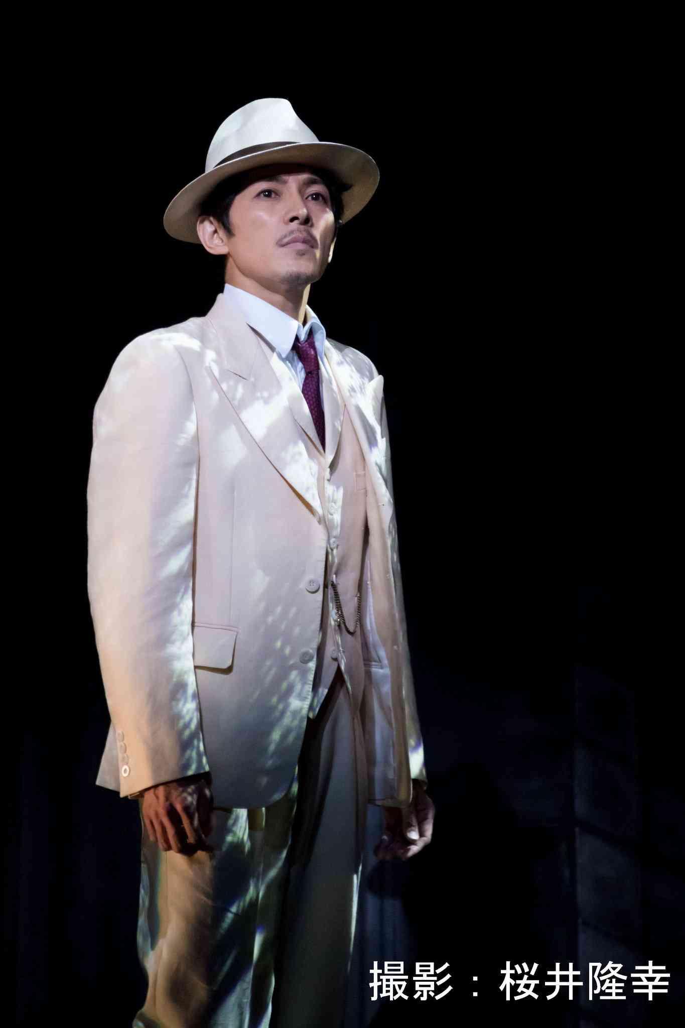 スーツが似合う芸能人を貼るトピ