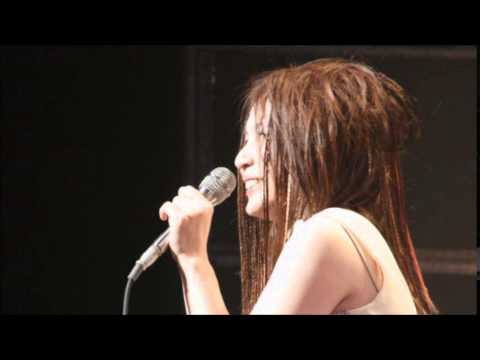 Akino Arai (新居昭乃) - Kakusei Toshi (覚醒都市) - Live - YouTube