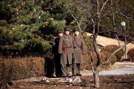 北朝鮮兵士1人が亡命、捜索の北朝鮮軍に韓国軍が威嚇射撃 (ロイター) - Yahoo!ニュース