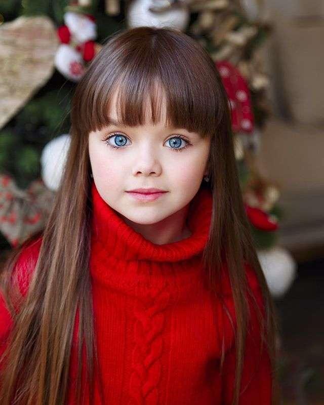 世界で最も美しい「6歳女児」が話題に!本当に透明度高すぎる!