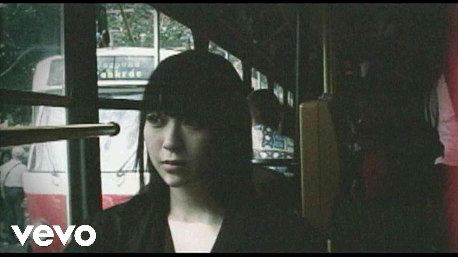 宇多田ヒカル - Be My Last - YouTube