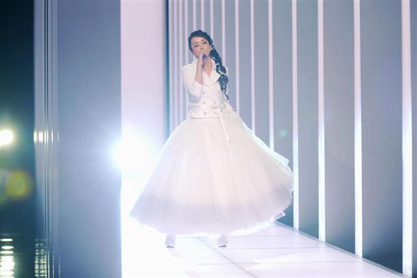 安室奈美恵さんの紅白歌唱写真はリハ時のもの…NHK「うそつき申し訳ない」