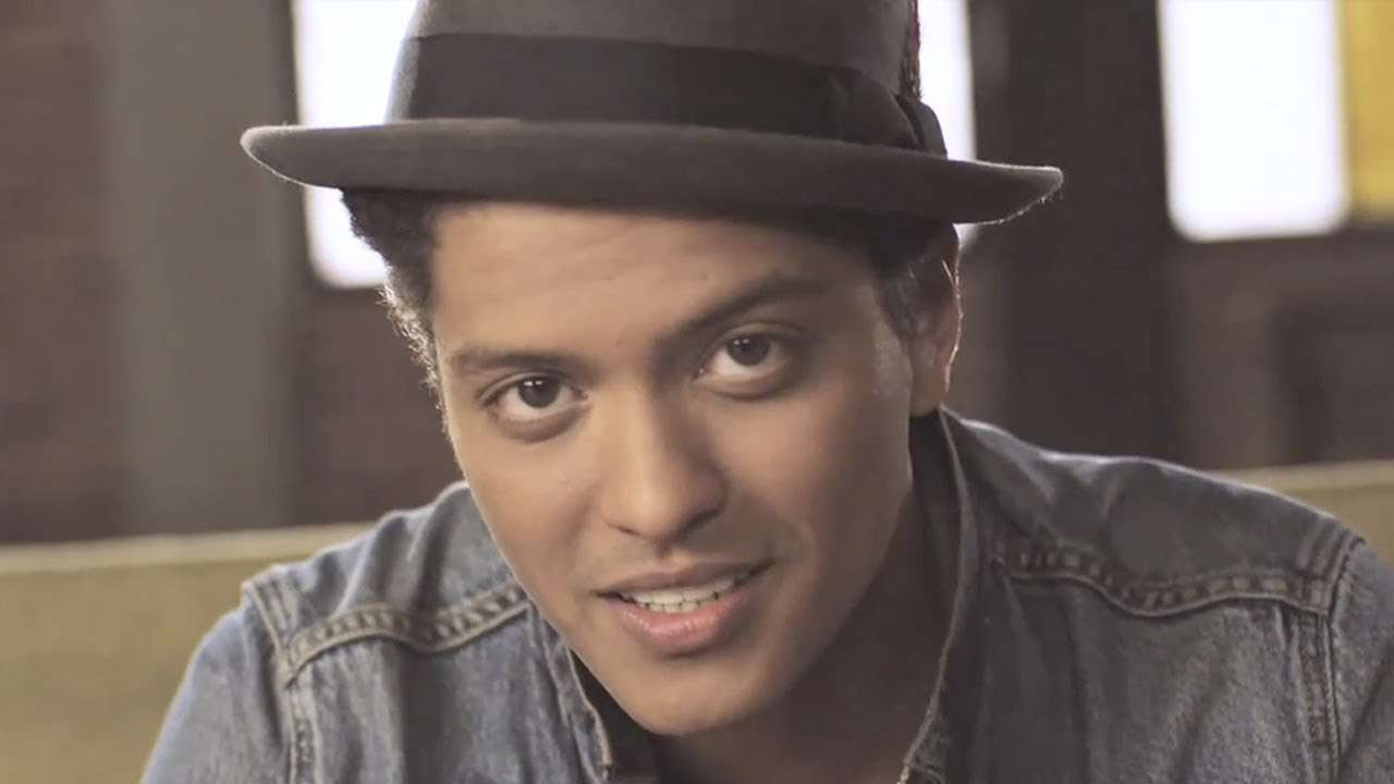 Bruno Mars - Just The Way You Are [OFFICIAL VIDEO] - YouTube