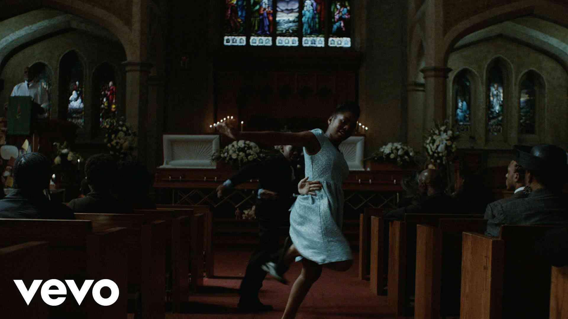 Flying Lotus - Never Catch Me ft. Kendrick Lamar - YouTube