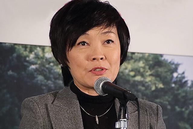 安倍昭恵夫人が安倍首相の冴えない画像を投稿 批判コメントも消さない謎 - ライブドアニュース