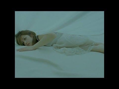 Chara 『みえるわ』 - YouTube