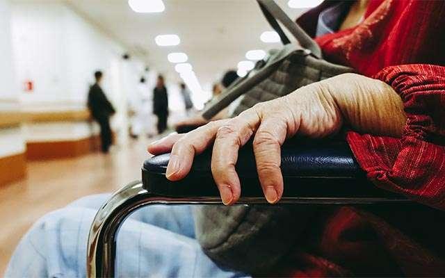90歳のおばあさんと、会話した女性 「馬鹿でしょ」の言葉に微笑んだ理由は?  grape [グレイプ]