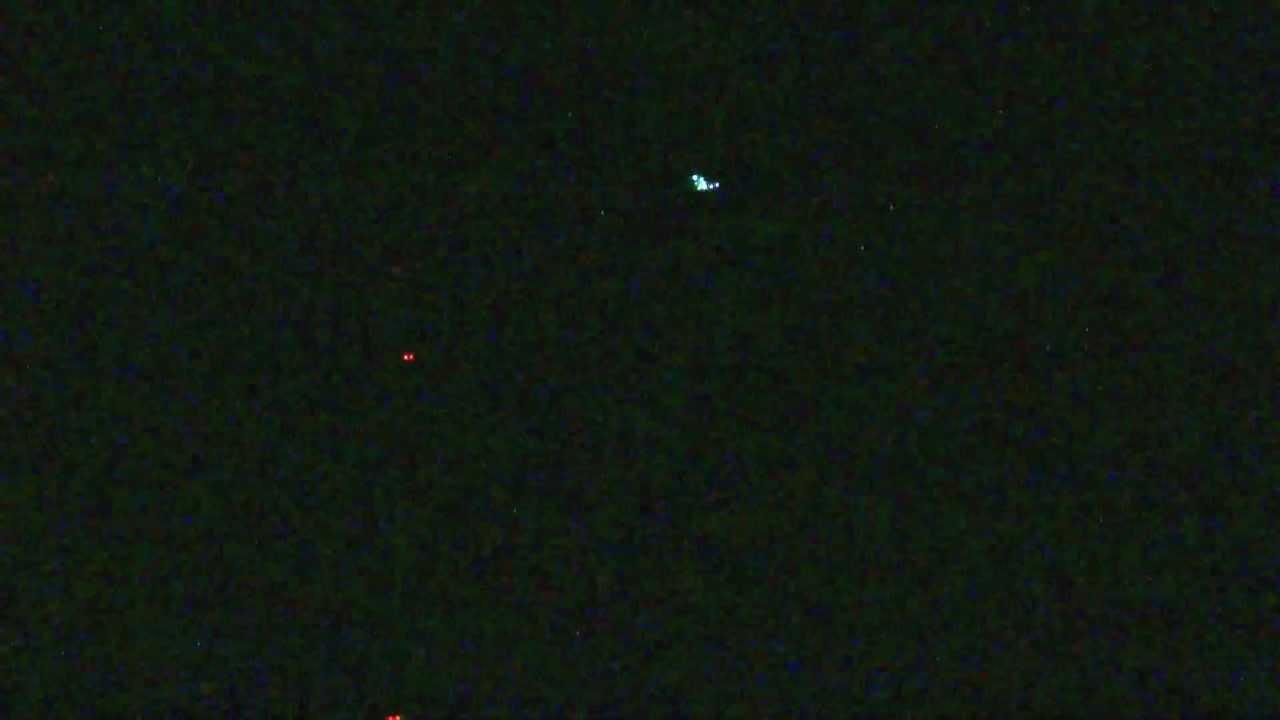 これはUFOですか? いいえ、電飾凧です 【Illuminations kite】 - YouTube