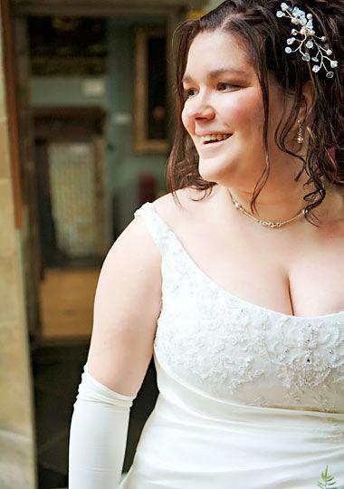 痩せられない・・・けどウェディングドレスを着たい!実例写真で痩せ見えを研究しよう! - NAVER まとめ