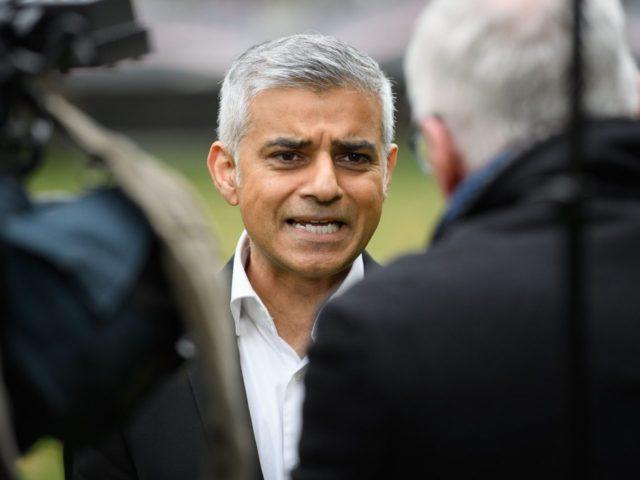 英国:カーン市長の成果?ロンドニスタンの銃刀犯罪、強盗、レイプ、殺人などがいずれも大幅アップ‼|ナスタチウムのブログ