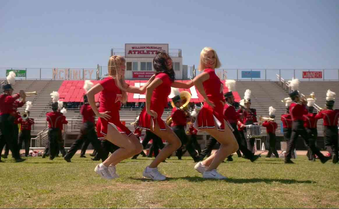 Glee - Problem (Full Performance) HD - YouTube