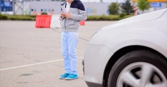 『ポケモンGO』に夢中の小学生が道路に飛び出す→なぜ母親は「ちゃんと前見て運転して」と運転手に文句を言ったのか…? | Lenon