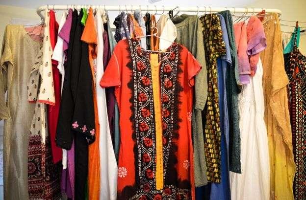どんな服を着ていたの……性的暴行の被害者の服を集める